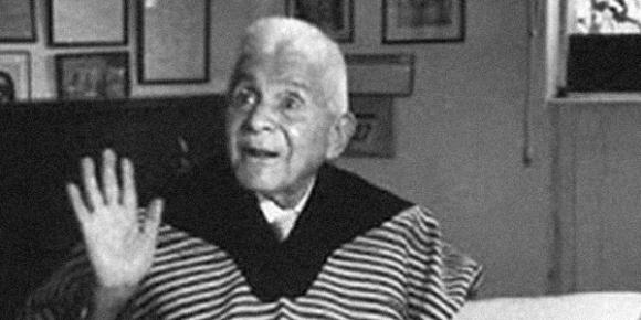Julián Carrillo.